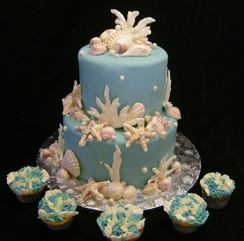 """Coral and Shells"" with ruffled cupcakes"