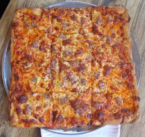 NJ Dining: Lodi Pizza (UPDATED)   Off The Broiler
