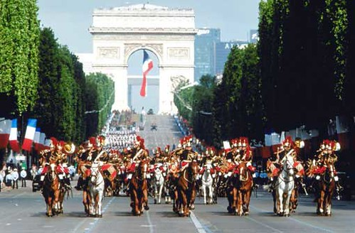 defile14juillet-garde-republicaine