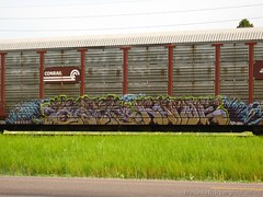 Baer & Kamoe (Seetwist) Tags: railroad art train canon bench graffiti colorado paint grafitti trains denver spraypaint boxcar local graffito graff piece aerosol railfan freight trainspotting tko baer freights btr 303 trainart fr8 rxr railart benching trainspot boxcarart sd900 denvertrainart seetwist seetwistproductions