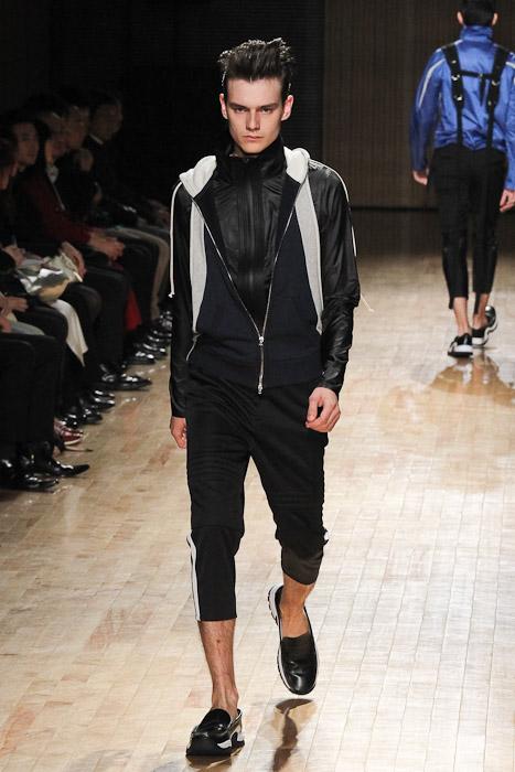 Douglas Neitzke3255_SS11_Tokyo_ato(Fashionsnap)