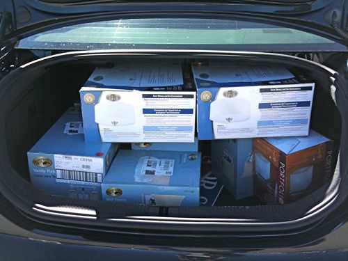 light fixtures in trunk of car