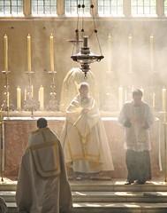 Carrying the Lord (Lawrence OP) Tags: light catholic christ corpuschristi jesus host oxford blackfriars procession incense eucharist monstrance blueribbonwinner