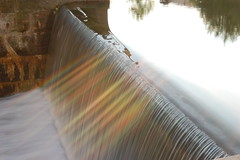 industrial waterfall with spraybow? (e_digitalis) Tags: light reflection water waterfall drops rainbow agua nikon eau industrial photographer el excellent awards vatten d40 straightfromthecamera mywinners anawesomeshot diamondclassphotographer flickrdiamond excellentphotographerawards spraybow edigitalis allrightsreserved2007eledigitalis