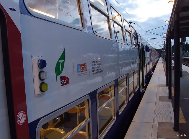 Train du RER E