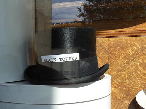 Black topper.jpg