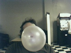 pic15 (conryn_silverleaf) Tags: bubbles huge bubblegum dubblebubble