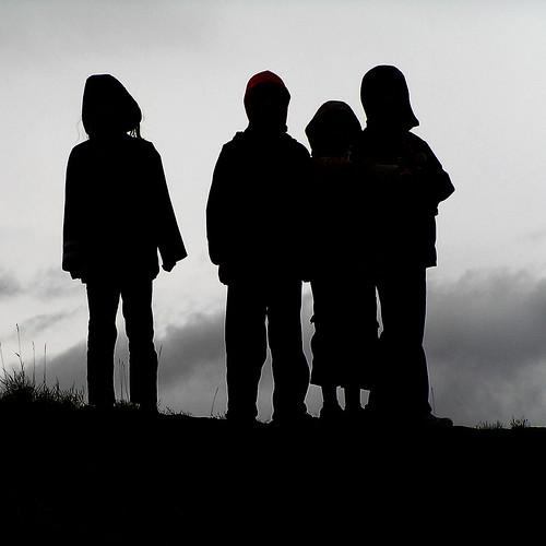 フリー画像| 人物写真| 子供ポートレイト| シルエット| 集団/グループ|       フリー素材|