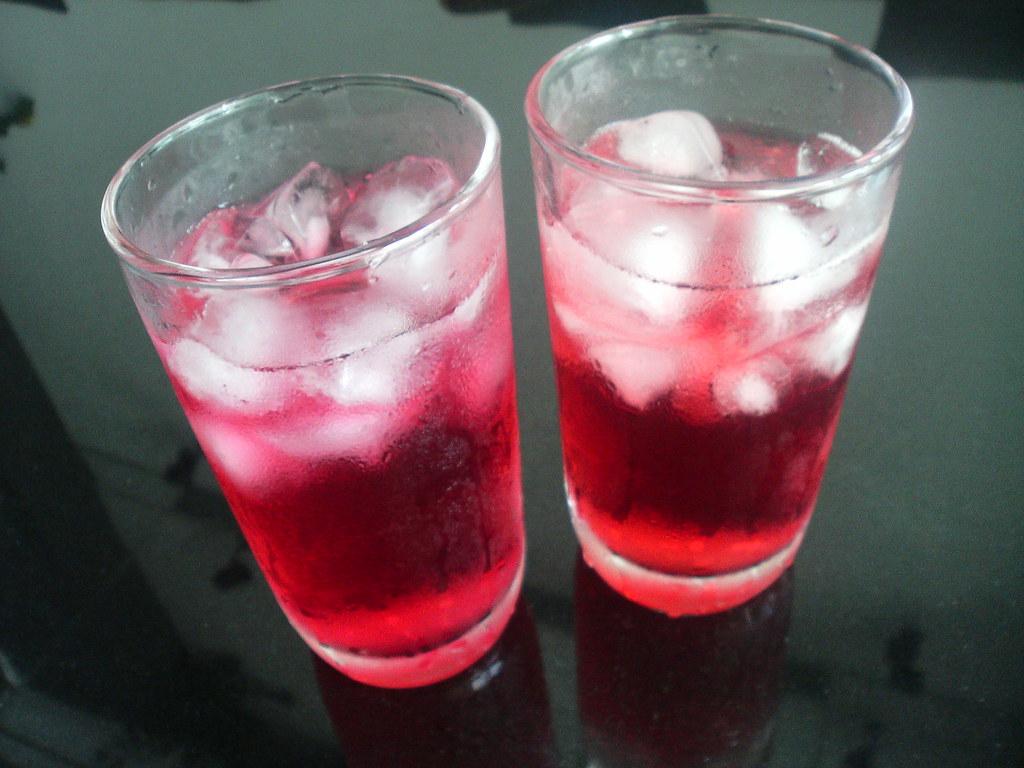 Pomegranate vs cranberry