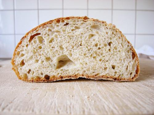 bröd med manitobamjöl
