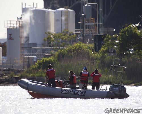 Greenpeace inspectors examine the Kuehne Chemi-cal Co. in South Kearny, NJ