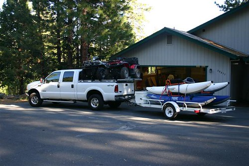 ford boat aluminum closed s pickuptruck hd trailer polished diamondback ext diamondplate superduty whitetruck sideloading tonneaucover fs99 truckbedcover extensiondeck driversideview atvrack atvontop requestedfornewwebsite wholetruck heavydutytruckbedcover atvtruckrack atvcarrier atvhauler
