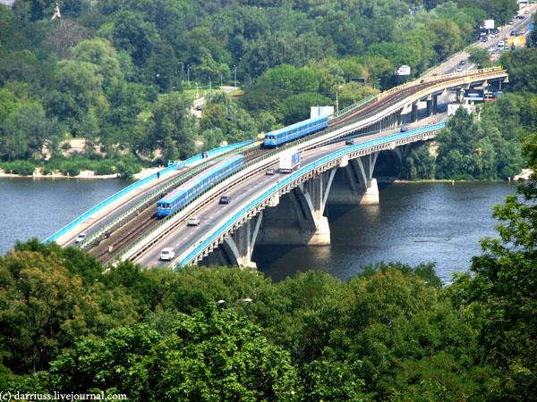 kiev_subway_bridge