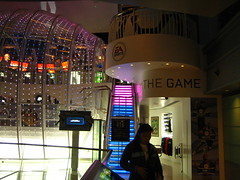 EA store (cc_picfun) Tags: hongkong victoriapeak peaktower eastore