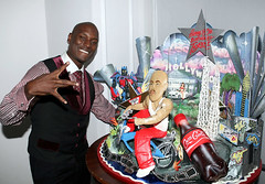 tyrese and his birthday cake