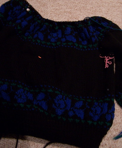 Blue roses pullover progress - Crafting 365.38