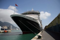 Queen Victoria (Andy Fitzsimmons) Tags: cunard queenvictoria qv
