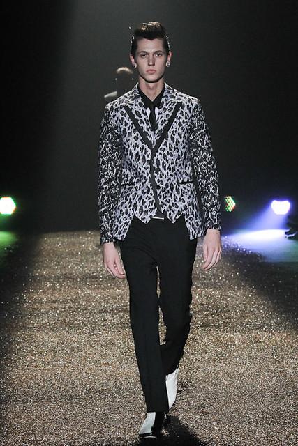 SS11_Tokyo_@IZREEL003_Tommy Cox(Fashionsnap)