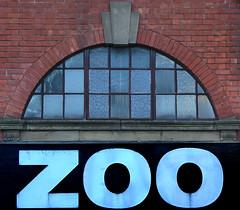 The Zoo (Tom San) Tags: nottingham england glass zoo text redbrick