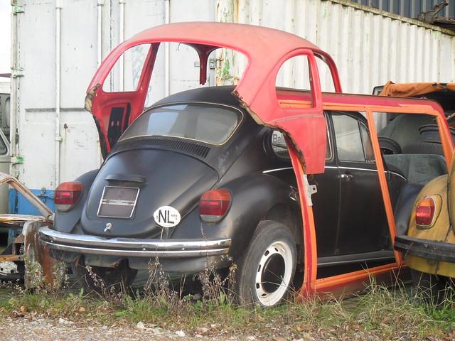 volkswagen beetle wrecks
