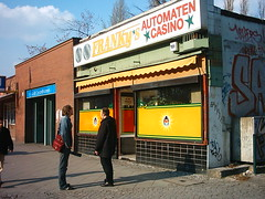 Franky*s Automaten *Casino* (Michelle Foocault) Tags: wedding berlin berlinwedding gesundbrunnen automatencasino