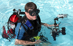 Mark in full gear (mandrake68) Tags: camera wet water pool photo underwater tank mark dive gear wetsuit turuk shootscuba