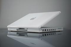 Apple iBook (Matthew Piper) Tags: apple macintosh mac ibook g4 laptop
