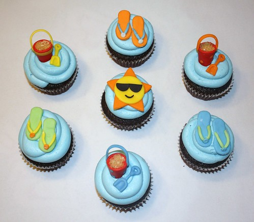 Summer themed cupcakes