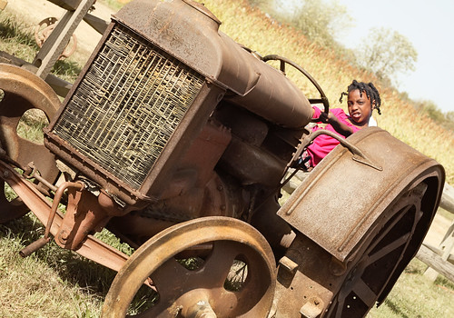 10.10 (chi) tractor