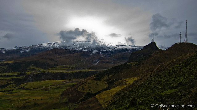 Nevado del Ruiz volcano (5,300m / 17,388 feet)