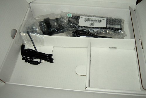 Dell 1420N with Ubuntu Unboxing