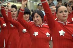 (-|L|-) Tags: red rood straattheater majorettes vedettes majoretten emotionblog allegaert geertallegaert lesvedettes