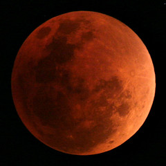 Red Moon (Xenedis) Tags: moon eclipse lunar night evening symmetry newsouthwales nsw australia