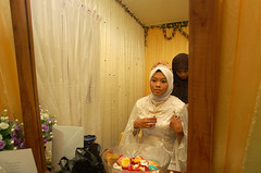 Pernikahan Hanim & Faizal #015 (Roslan Tangah (aka Rasso)) Tags: wedding hijab culture modesty cinta kabul melayu malay seni sanding kahwin perkahwinan budaya faizal nikah akad walimah pernikahan hanim skudai ijab persandingan kahwingraphy