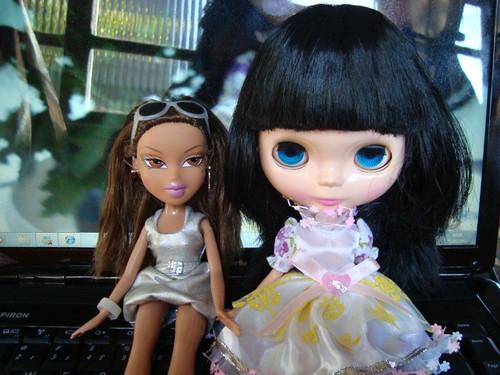 Jeannine e sua nova amiguinha, Whinny