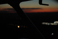 Twilight flight. (MadSpacePlane) Tags: sunset night photography flying twilight wing cessna strut 172 vfr aviaiton pitot warnervale nvfr
