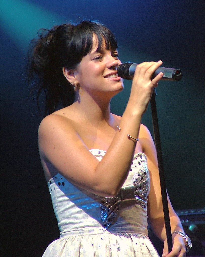 Lily Allen - Live at Somerset House, London England - July 16th 2007