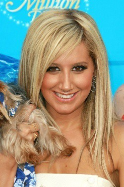 ashley tisdale straight hairstyle