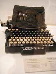 Royal Ontario Museum (17) (chicgeekuk) Tags: toronto ontario laura rom royalontariomuseum kishimoto laurakishimoto laurakishimotoca