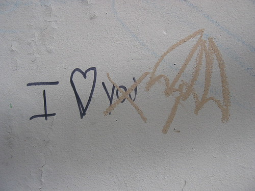 Prevpemenpe: I Love You Graffiti