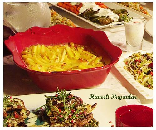 Ülkü ve Aytaç - Akşam Yemeği Sofrası -Kremalı Biberiyeli Patates