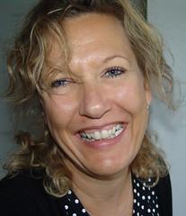 Tina (osto) Tags: portrait people woman smile june gum geotagged denmark europa europe sony cybershot zealand tina scandinavia danmark 2007 dscf828 sjlland  nrum june2007 osto rudersdal osto