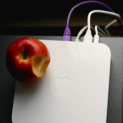 Airport Extreme (Lisa Bettany {Mostly Lisa}) Tags: apple mac wifi airportextreme mostlylisa lisabettany