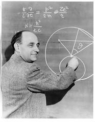 Anglų lietuvių žodynas. Žodis nuclear physics reiškia branduolinė fizika lietuviškai.