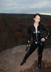 The Tomb Raider (VictoriaCosplay) Tags: park cliff leather woods angelinajolie laracroft latex tombraider catsuit cosplaygirl victoriacosplay wwwcosplaygirlwebscom