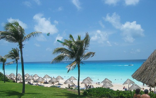Cancun's White Sand and Turquoise Water por kyle simourd, en Flickr