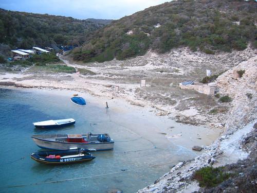 חוף בוניפציו, מפרץ חולי