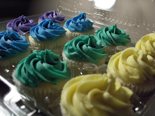 A dozen Classic Cupcakes from Clever Cupcakes