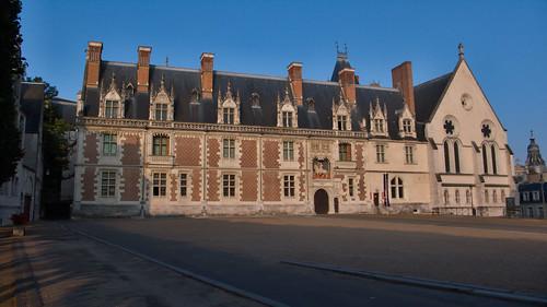Chateau Royal de Blois au lever du soleil