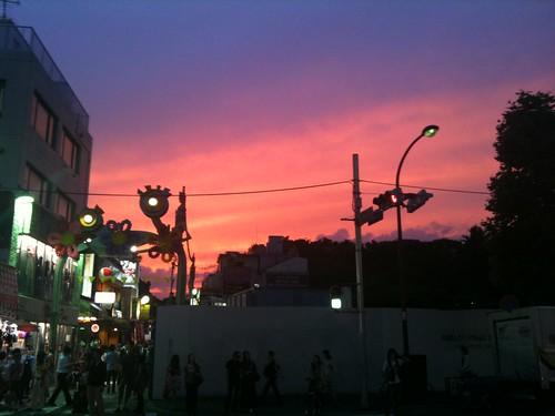 夏至の日の夕暮れ